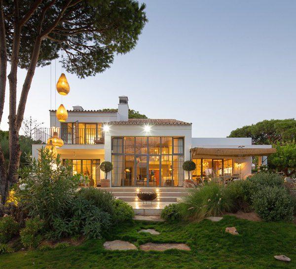 Villa Ah в Алгарве на студио CORE